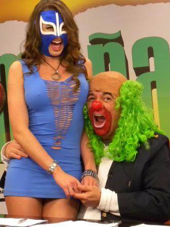 la-reata-de-brozo-playboy-sin-mascara-2