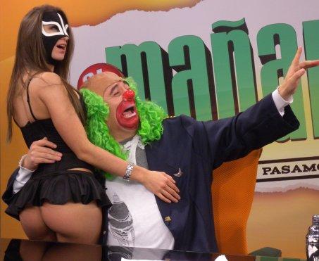 la-reata-de-brozo-playboy-sin-mascara-6