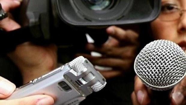 periodistas2
