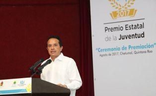 Carlos-Joaquin-premio-juventud6