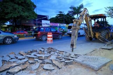 CONSTRUYE GOBIERNO DE SOLIDARIDAD GUARNICIONES Y BANQUETAS EN AVENIDA JUÁREZ-4
