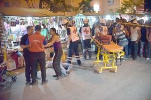Cancún.- una mujer fue asesinada y un hombre lesionado es el saldo de un ataque con arma de fuego en un tianguis ubicado en el fraccionamiento paseos del mar en la región 251 en el lugar se realiza fuerte operativo policiaco