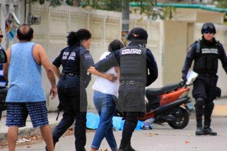Ejecutan a policía en Solidaridad