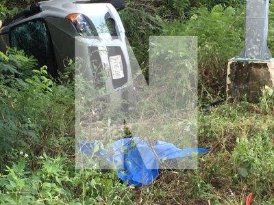 TRÁGICO ACCIDENTE AL NORTE DE TULUM: Mueren dos mujeres al salirse vehículo de la carretera por Casa Cenote