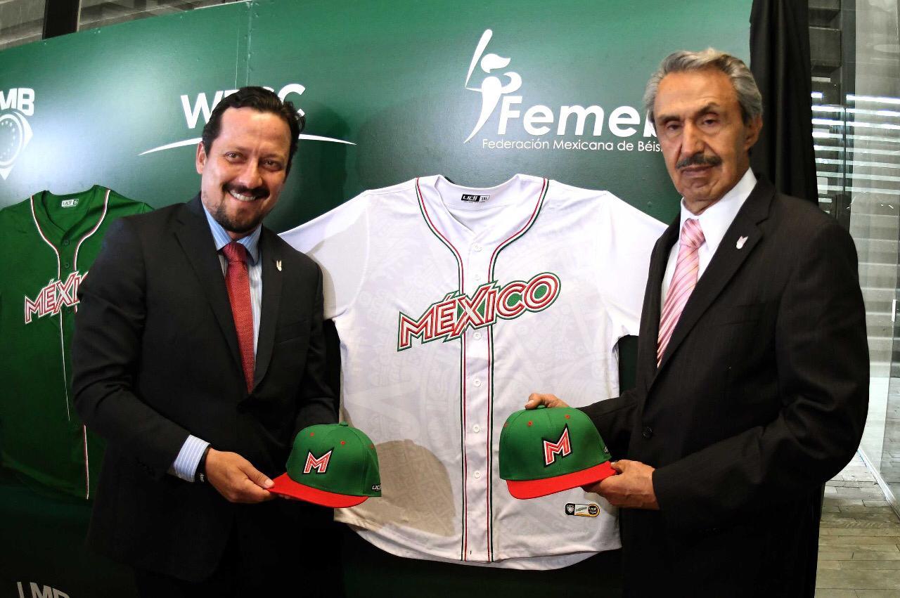 7824aba1c198 Se presentó oficialmente el nuevo uniforme de la Selección Mexicana de  Beisbol que será utilizado en todas las categorías y en todos los torneos  durante ...