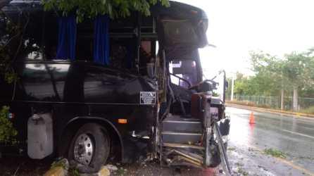 autobus accidentado en Playa (3)