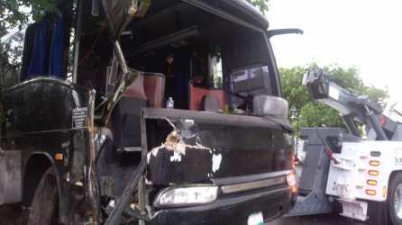autobus accidentado en Playa (5)