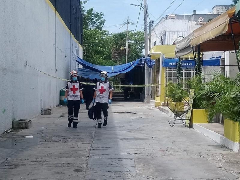 EJECUTAN A DOS EN MERCADO 28: Sicarios en moto perpetran ataque a balazos en Cancún