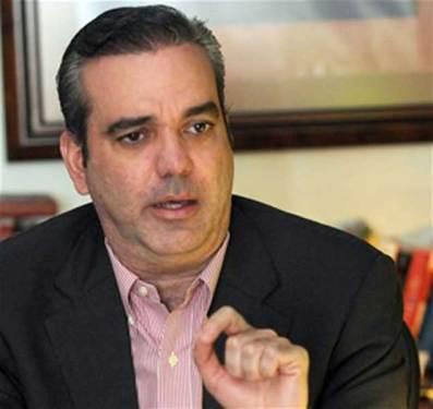 Abinader solicita al gobierno ponga fin a retraso en pago a los Ayuntamientos