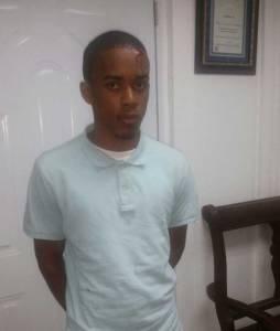 Apresan hombre intentó atracar regidor y comunicador Nelson Abreu