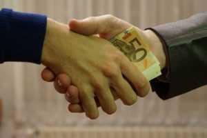 El soborno y la corrupción en la mira de la nueva ley de lavado de activos