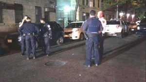Hieren dos dominicanos en enfrentamiento a tiros en El Bronx