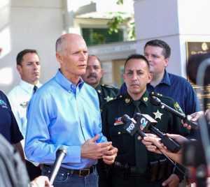 Gobernador de Florida quiere jóvenes inmigrantes se queden