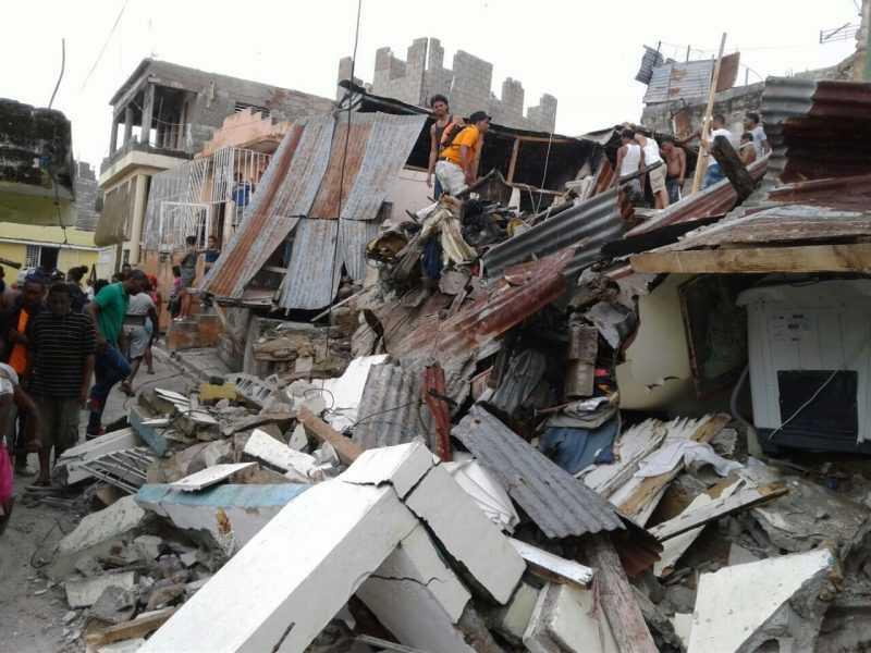 Al menos 150 viviendas resultaron destruidas en Santiago por lluvias
