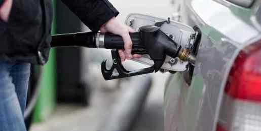 Bajan los precios de los combustibles entre RD$1.00 y RD$7.00