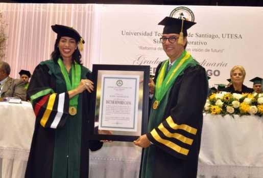 Utesa gradúa 961 nuevos profesionales