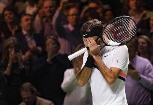 Federer otra vez campeón mundial del tenis