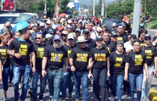 Héctor Acosta, El Torito, pide cese cobro reinscripción colegios y universidades