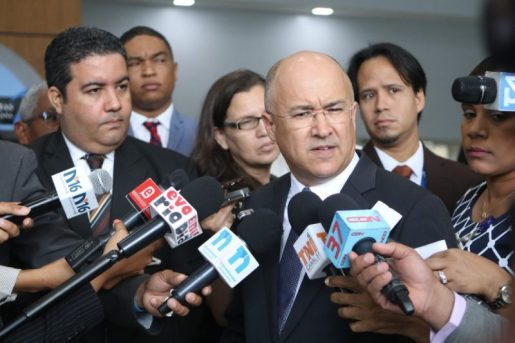 Domínguez Brito presenta declaración de bienes