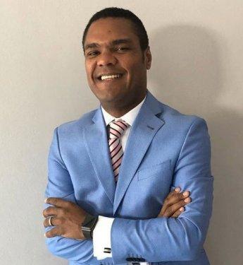 Danilo Medina destituye a Donni Santana Cuevas