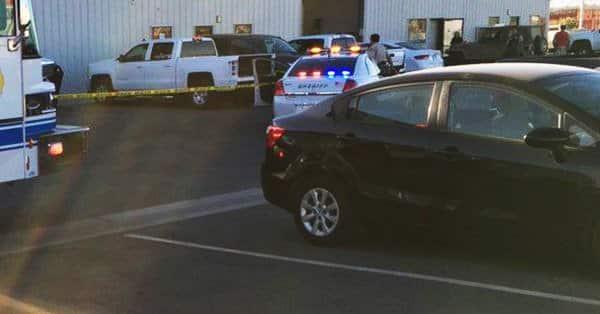Hombre mata a cinco personas y luego se suicida en California