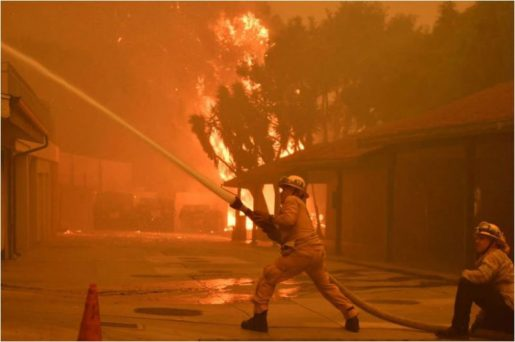Suman 31 muertes por incendios en California