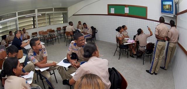 MPF instaura inquérito para apurar convênio entre governo e UPB a fim de implantar metodologia militar em escolas públicas