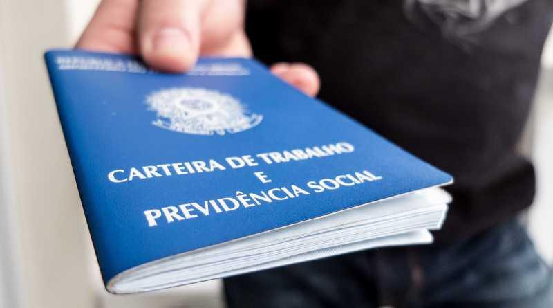 Desemprego no Brasil bate recorde com mais 1,1 milhão de pessoas em busca de vaga