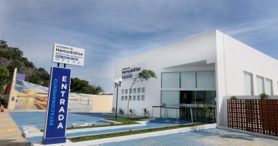 Governo entrega recuperação de trecho da BA-160 e unidade de hemodiálise em Bom Jesus da Lapa