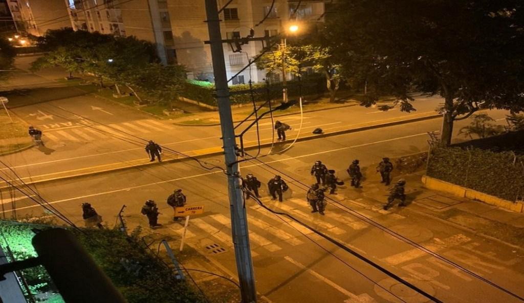 Colombia enfrentamientos entre policias y civiles