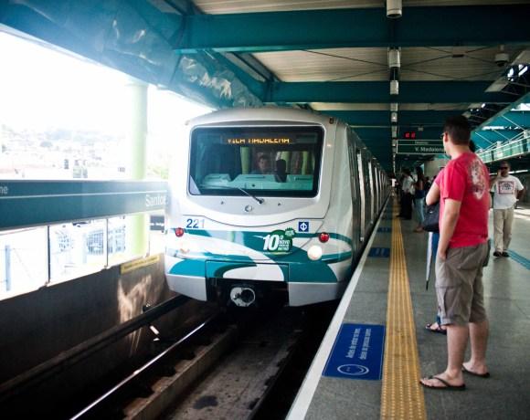 Greve do Metrô Trem da frota G Linha 2-Verde