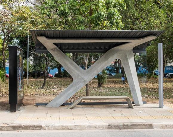 abrigo de ônibus em São Paulo