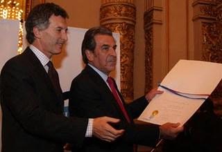Photo of MACRI EN CHILE: «LA ARGENTINA DEBERÍA COMPRARLES GAS»