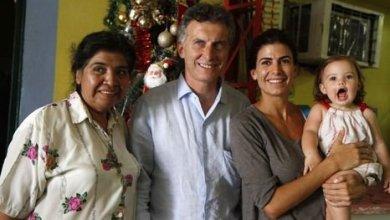 Photo of EL JEFE DE GOBIERNO PORTEÑO Y SU FAMILIA VISITAN EL COMEDOR COMUNITARIO «LOS PILETONES» PARA NAVIDAD
