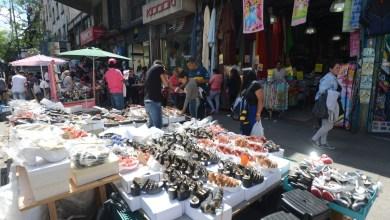 Photo of Aumentó la venta ambulante: la crisis arrastró a los vendedores a la calle