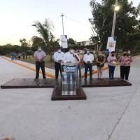 Gobierno de Tuxpan le cumple a Santiago de la Peña con más obras de impacto social.