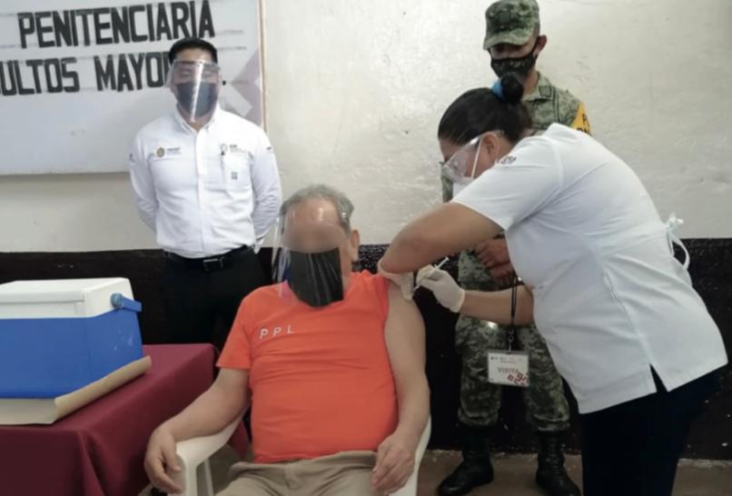 Avanza vacunación en penales de Veracruz