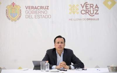 Durante este fin de semana, rescatan de morir ahogados a 10 turistas en Veracruz