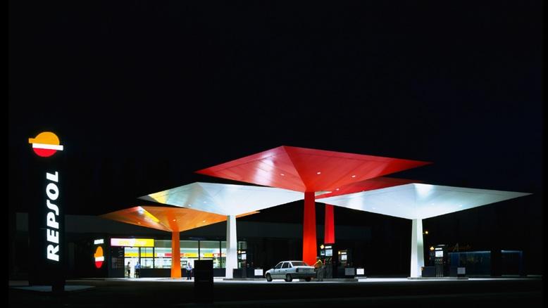 Gasolineras y arquitectura el amor posible