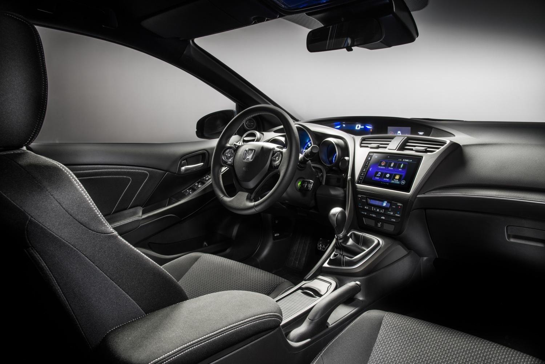 Honda Civic 2015 precios y equipamientos del compacto