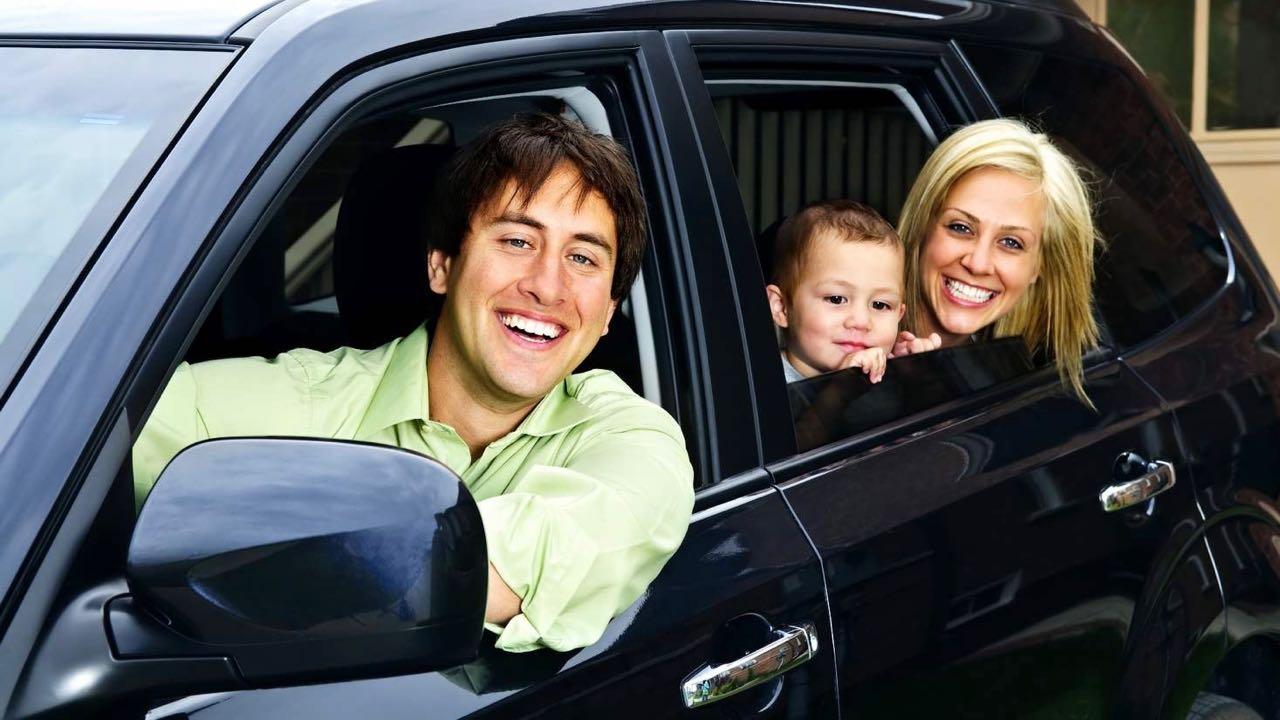 Diez consejos para evitar mareos en el coche