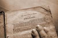 """Cientistas afirmam terem encontrado """"código da vida"""" no livro de Gênesis"""