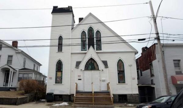 Sede da igreja fundada pelo bispo e local de sua morte