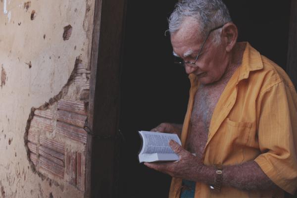 Proposta é levar uma Bíblia a cada casa na região