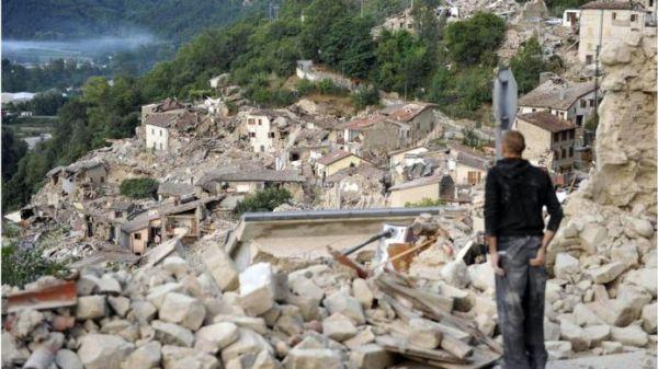 Vilarejo destruído
