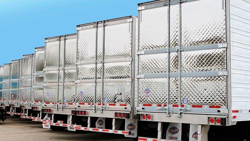 Fabrican en México cajas de cadena de frío para transportar vacuna
