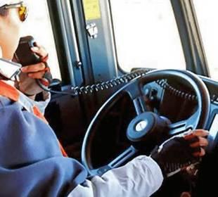 ¿Pueden las mujeres salvar la escasez de operadores del autotransporte ?