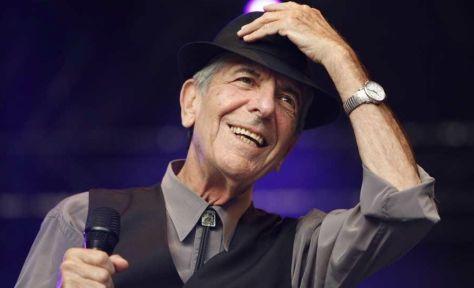 El cantante y compositor canadiense Leonard Cohen murió, a los 82 años