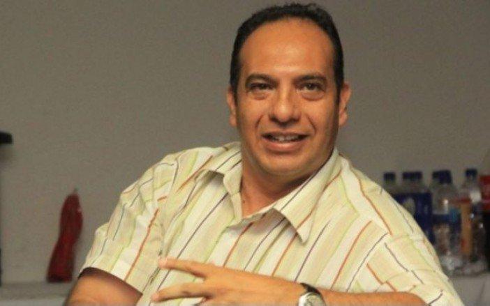 Armando Arrieta periodista de La Opinión es baleado afuera de su casa