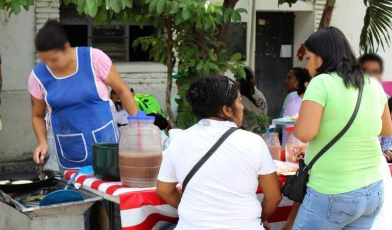 Pieden en Chiapas cuidar consumo de alimentos en la vía pública